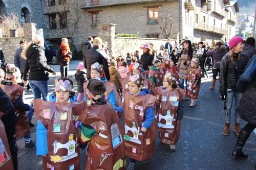 Rua de Carnaval de les escoles germans de Riba